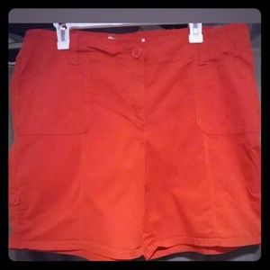 Fashion bug women shorts size 16